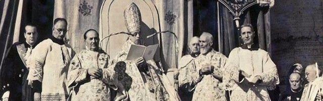 Pío XII definiendo el dogma de fe de la Asunción