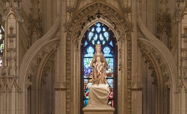 Nuestra Señora de Cléry, una imagen del siglo XVII, protagonizó el milagro hace 350 años