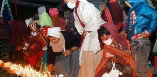 Peregrinos con la Virgen de Bot-Tola, en Bangladesh - foto de Stephan Uttom/UCA News