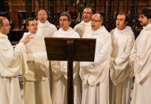 La melodía gregoriana clásica del Regina Coeli es muy popular