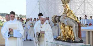 El Papa Francisco en Eslovaquia con su patrona, la Virgen de los 7 dolores